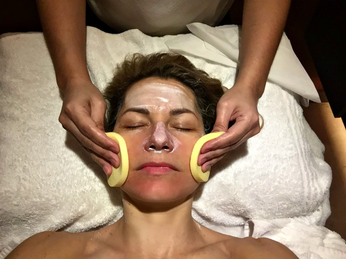 3 HOT Trends in Facial Skin Care Treatments